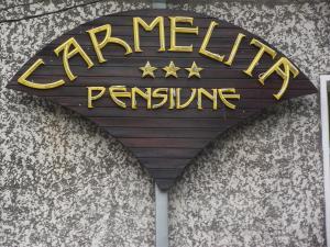 Hostales Baratos - Villa Carmelita