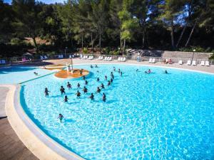 Location gîte, chambres d'hotes Village Vacances Passion La Bayette dans le département Var 83