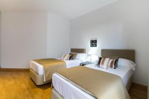 Three-Bedroom Apartment - Cuenca 28 Valencia Boutique Center