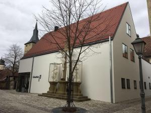 Die Gönothek - Ferienwohnungen, Apartments  Iphofen - big - 73