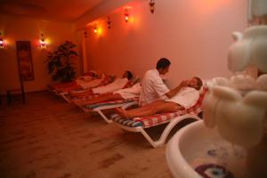 Blue Wave Suite Hotel, Hotely  Alanya - big - 11