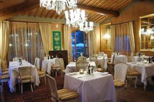 Villa Mangiacane, Hotely  San Casciano in Val di Pesa - big - 50
