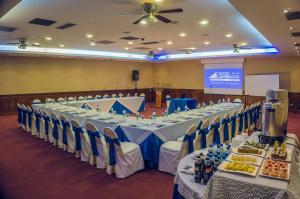 Hotel Emperador, Hotels  Ambato - big - 33