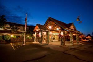 Best Western Plus Emerald Isle Hotel