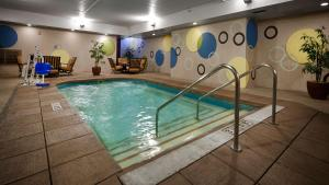 Best Western Plus Sandusky Hotel & Suites, Отели  Сандаски - big - 39