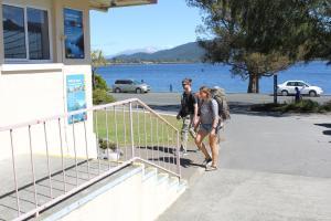 Te Anau Lakefront Backpackers - Hotel - Te Anau