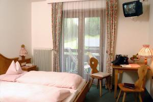 Hotel Kärntnerhof, Hotely  Heiligenblut - big - 8