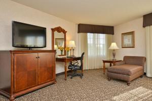 Best Western Plus Steeplegate Inn, Hotels  Davenport - big - 4