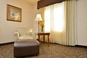 Best Western Plus Steeplegate Inn, Hotels  Davenport - big - 22