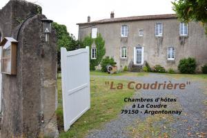 Location gîte, chambres d'hotes La Coudrière dans le département Deux Sèvres 79