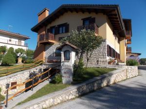 Hotel Altopiano Delle Rocche - AbcAlberghi.com