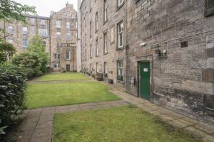 Fountain Court Apartments - Royal Garden (24 of 25)