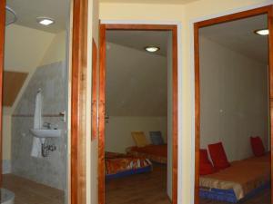 Várvölgy szálláshely, Guest houses  Drégelypalánk - big - 20