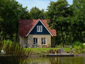 Spacious holiday home with a dishwasher, 20 km. from Assen, Prázdninové domy - Westerbork