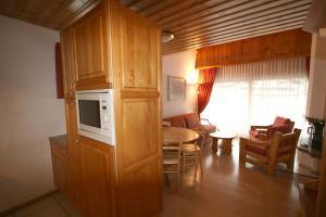 Résidence Mont-Calme, Apartmanhotelek  Nendaz - big - 30