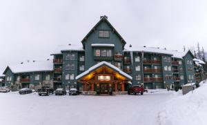 Snow Creek Lodge by Fernie Lodging Co - Apartment - Fernie