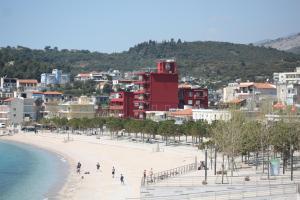 Albergues - Hotel Veizi