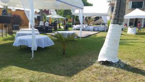Hotel y Balneario Playa San Pablo, Отели  Монте-Гордо - big - 67