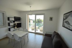 Apartments Lofiel, Ferienwohnungen  Novalja - big - 97