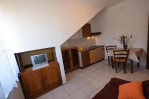 Apartments Petrica, Апартаменты  Малинска - big - 50