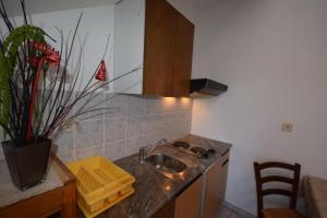 Apartments Petrica, Апартаменты  Малинска - big - 53