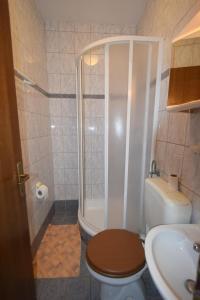 Apartments Petrica, Апартаменты  Малинска - big - 57