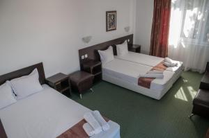 Family Hotel Asai, Hotel  Ravda - big - 17