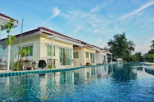 Sky&Water - Ban Tha Lao
