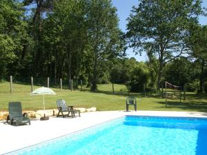 Maison De Vacances - Blanquefort-Sur-Briolance 2, Prázdninové domy  Saint-Cernin-de-l'Herm - big - 4