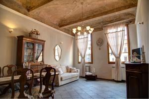 Casa Laura&Duccio - AbcAlberghi.com