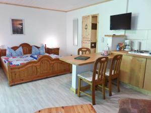Hotel Wald & Meer, Aparthotely  Ostseebad Koserow - big - 9