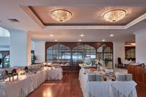 Grecian Bay Hotel (5 of 81)