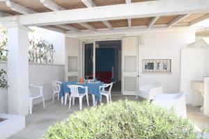 Villetta Ottaviano 1, Apartments  Torre Suda - big - 4