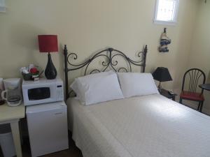 Town Cottages, Мотели  Flatonia - big - 4