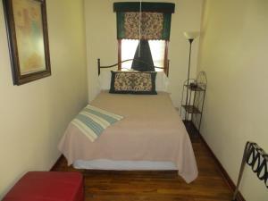 Town Cottages, Мотели  Flatonia - big - 10