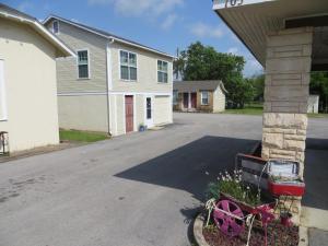 Town Cottages, Мотели  Flatonia - big - 13