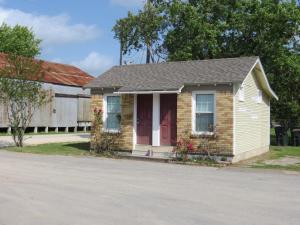 Town Cottages, Мотели  Flatonia - big - 14