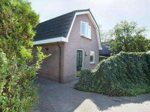 Holiday home Bungalowpark T Lappennest, Holiday homes  Noordwijk - big - 31