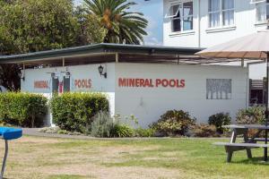 Cleveland Thermal Motel, Motely  Rotorua - big - 42