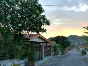 Rungrudee Homestay - Ban Nong Sa