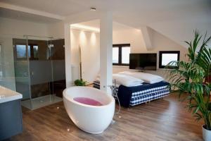 Reiteralm Ansitz, Hotels  Ainring - big - 9
