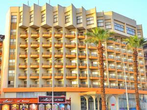 Отель Aracan Pyramids Hotel, Каир