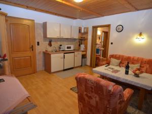 Apartment Bayerwald 5, Appartamenti  Breitenberg - big - 5