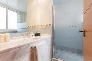 Soho Lounge - Space Maison Apartments, Apartmány  Sevilla - big - 6