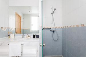 Soho Lounge - Space Maison Apartments, Apartmány  Sevilla - big - 13