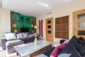 Soho Lounge - Space Maison Apartments, Apartmány  Sevilla - big - 21