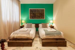 Soho Lounge - Space Maison Apartments, Apartmány  Sevilla - big - 24