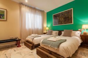 Soho Lounge - Space Maison Apartments, Apartmány  Sevilla - big - 27