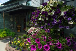 Alaska House of Jade Bed and Breakfast - Anchorage