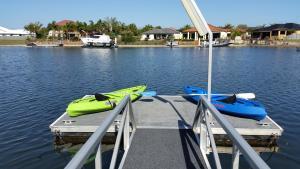 Hepburn Holiday Haven, Holiday homes  Banksia Beach - big - 15